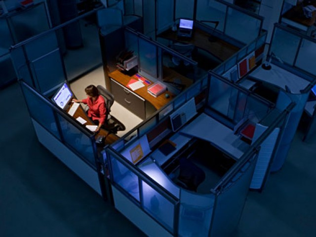 Night shifts increases cancer risk