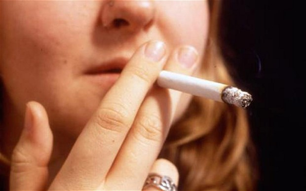 Smoking linked to breast cancer in young women