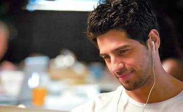 Just trying to make my space: Sidharth Malhotra