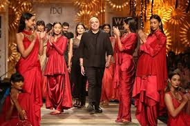 Designers went experimental with couture at FDCI ICW 2016