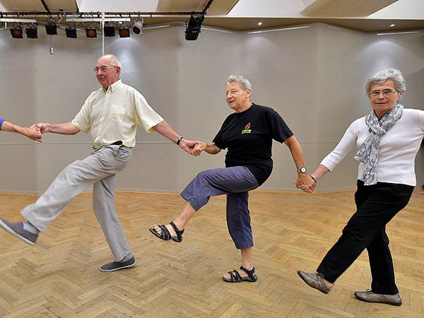Tai chi may help prevent falls in elderly
