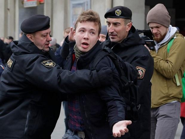 Belarusian opposition leader calls for worldwide fights after detention of journalist