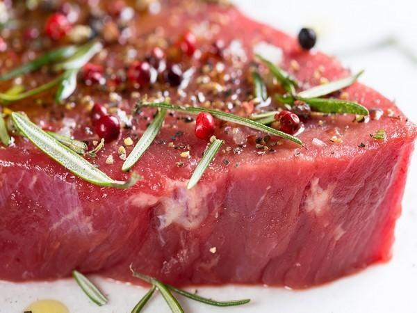 Study links red meat intake, poor education to colorectal cancer risk